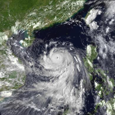 Typhoon_Ike_1984